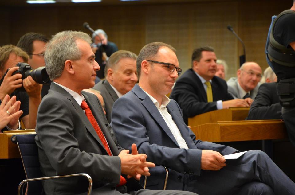 martin und pf in stdatverordnetenversammlung bei vereidigung 280612